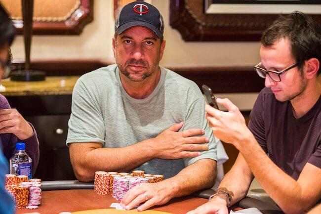 Blake Bohn pemimpin chip WPT Poker Classic
