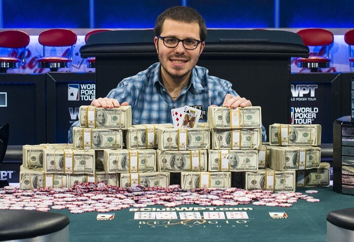 Dan Smith memenangkan WPT super high roller